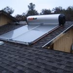 Máy nước nóng năng lượng mặt trời – Lợi ích và cách dùng