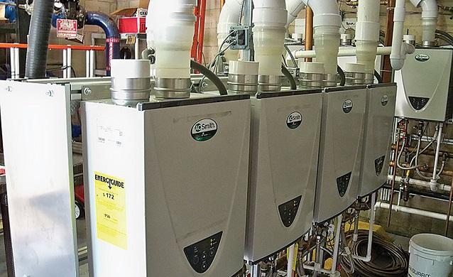 Hệ thống nhiều máy nước nóng trực tiếp cung cấp nhiều nước nóng với chi phí thấp.